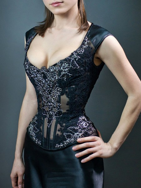 Premium mesh corset with push-up effect